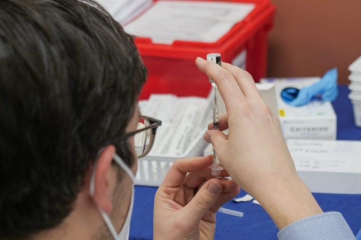 Contratos de transferência de tecnologia – Como funciona o contrato assinado para a produção nacional da Vacina Astrazeneca?